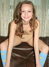 Sexy Ukrainian teen shows off her stunning figure